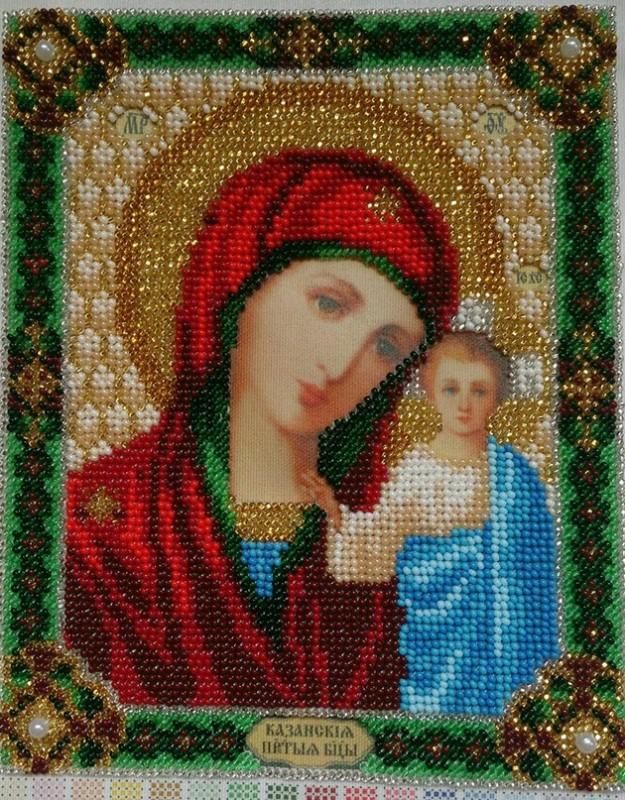 Вышитая бисером икона Казанской Божьей Матери