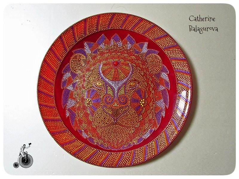 Стеклянная декоративная тарелка *Лев*