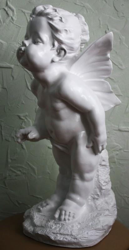 Гипсовый ангел Поцелуй 2