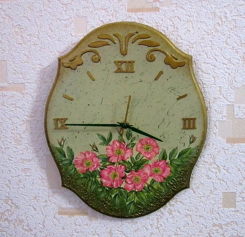 Настенные часы Шиповник .