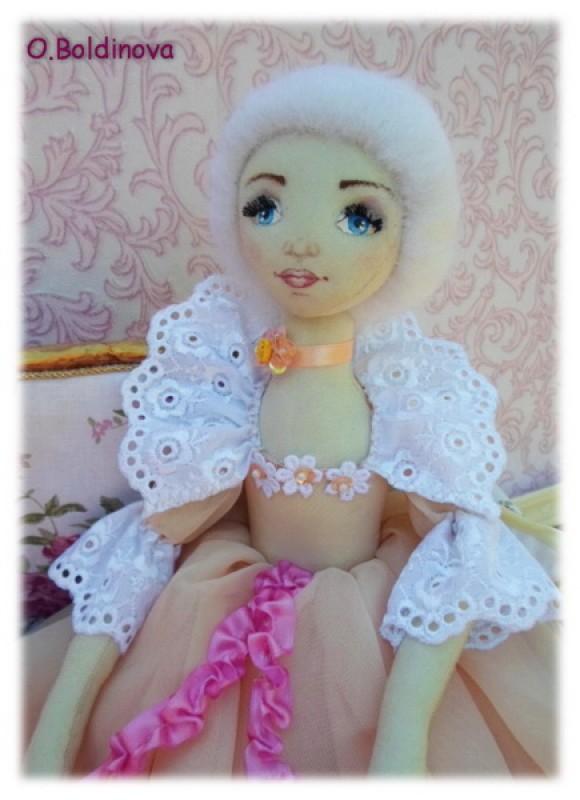 Интерьерная кукла Аделина (для примера)
