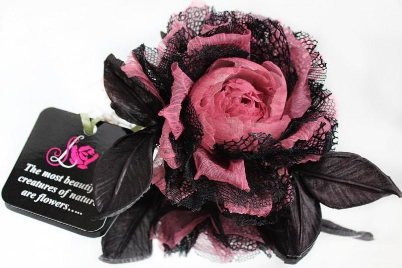 цветы из ткани брошь Шелковая хризантема