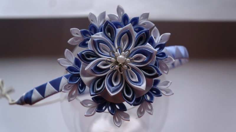 Аксессуар для волос Снежинка кристаллик