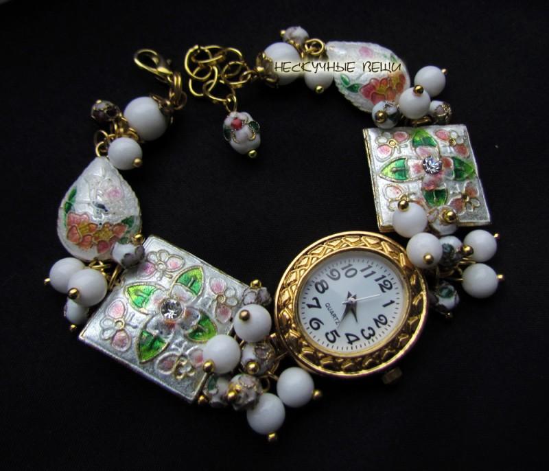Сказка-24 наручные часы с бусинами клуазоне