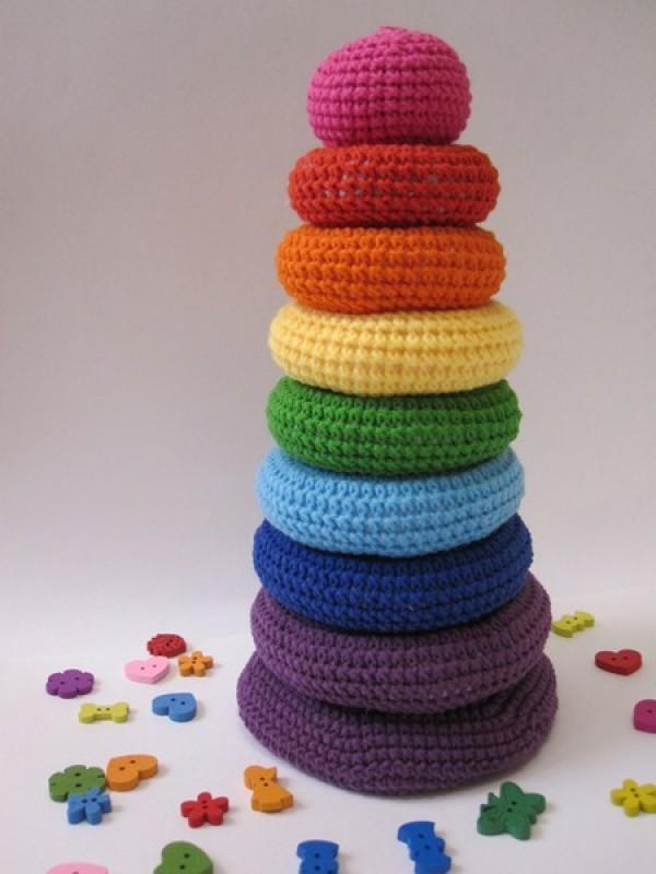 Пирамидка вязаная - развивающая игрушка