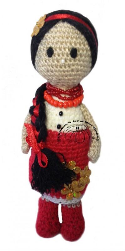 Вязаная кукла Украиночка