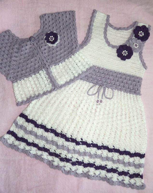 Комплект для девочки 30р-р(платье+болеро+сумочка+берет)