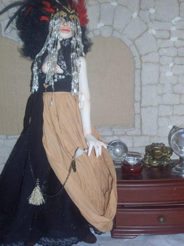 Эльвира Великая, Госпожа Суккуб.