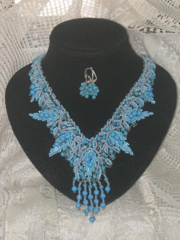 ожерелье,,Бирюзовые листья,,