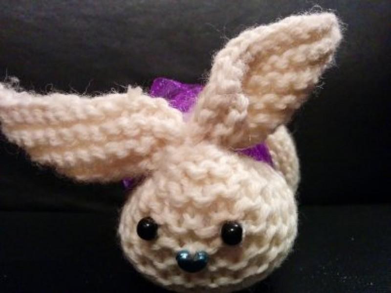 Кролик вязаный