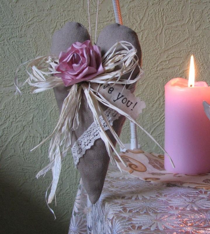 Текстильное льняное сердечко.