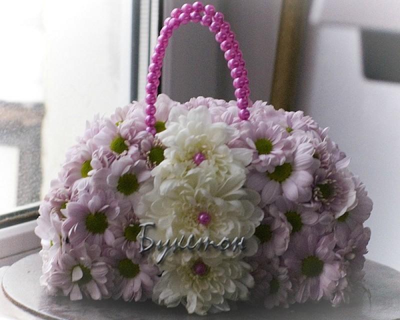 Сумочка из цветов.