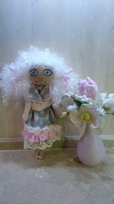 Текстильная куколка Аннабель.