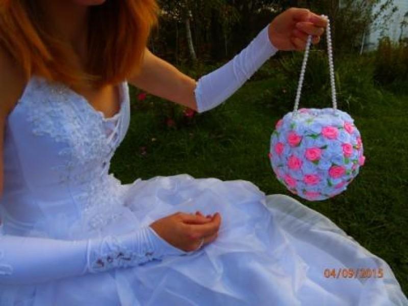 Сумочка-букет свадебная