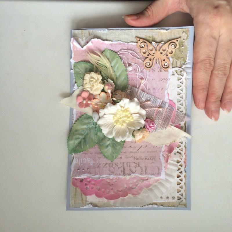 Открытка ручной работы  в нежных розовых тонах