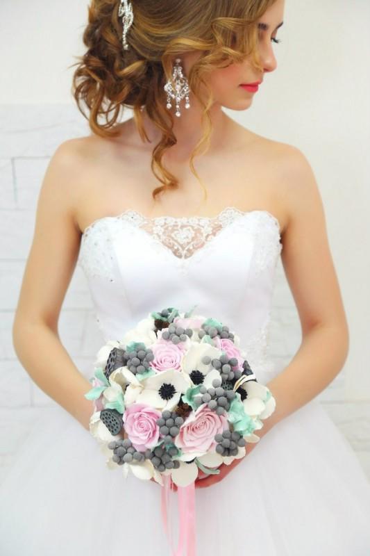 Нежный свадебный букет для невесты ручной работы