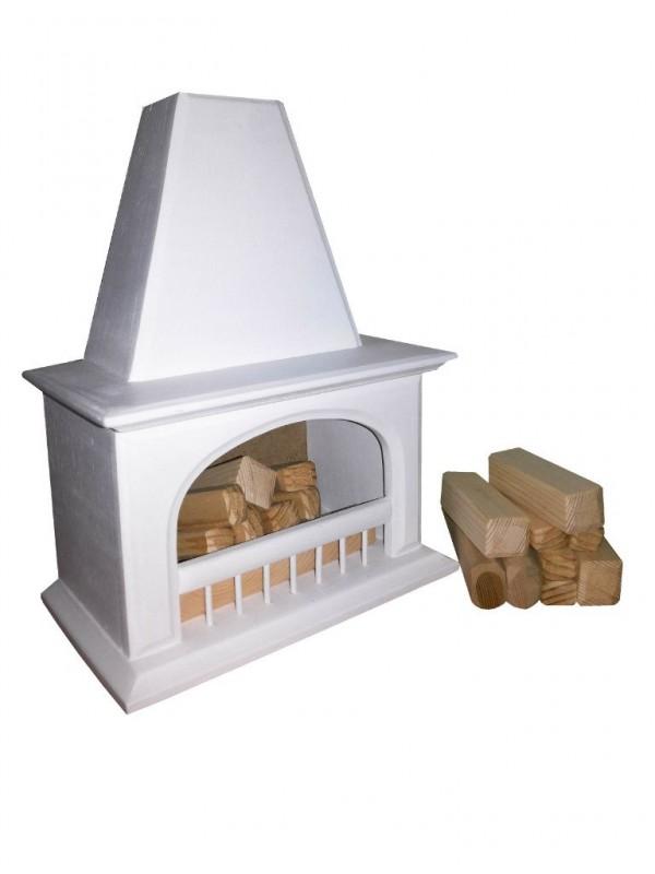 Деревянный камин для кукол