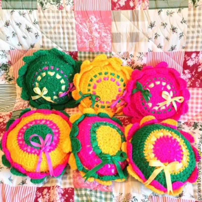 Вязаные декоративные подушечки. Набор из 6 подушечек.