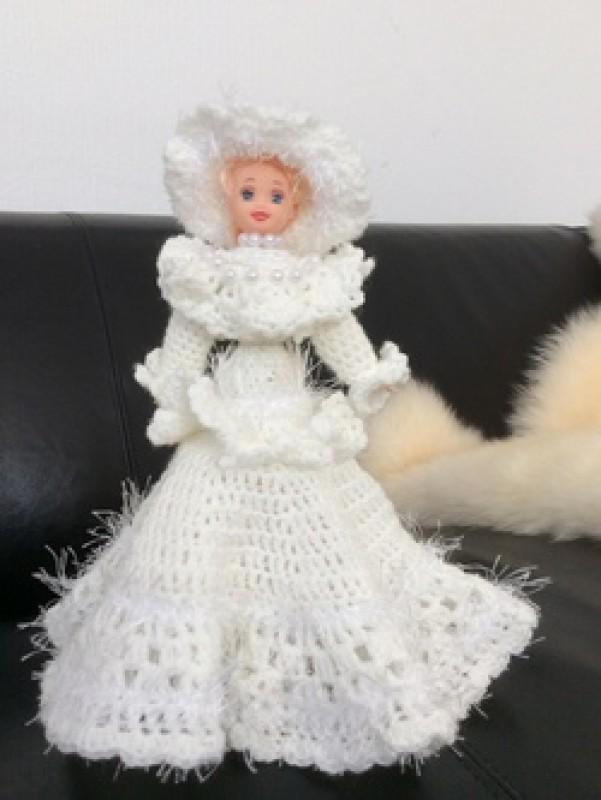 Кукла вязаная.