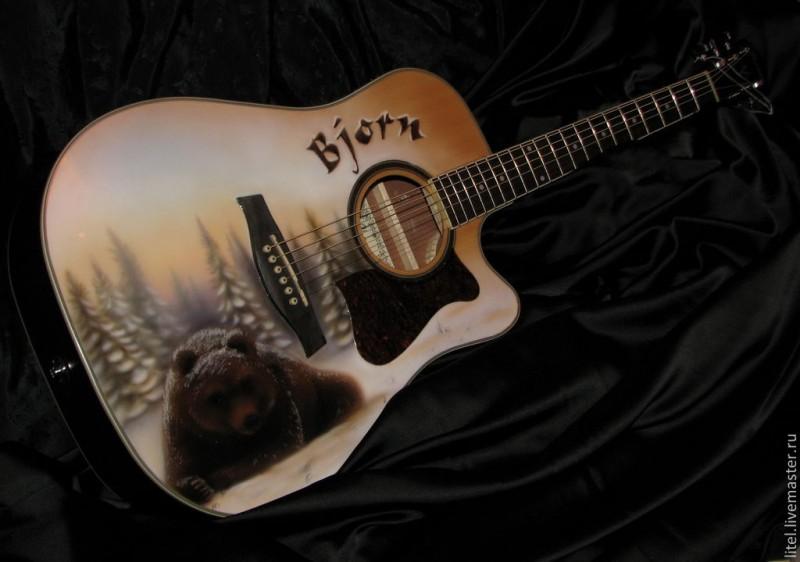 Аэрография на гитаре Медведь