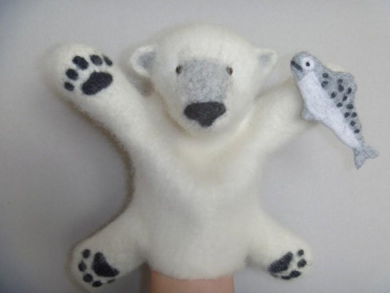 Белый медведь. Перчаточная игрушка. Бибабо.