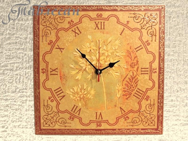Настенные часы Весенние цветы декупаж