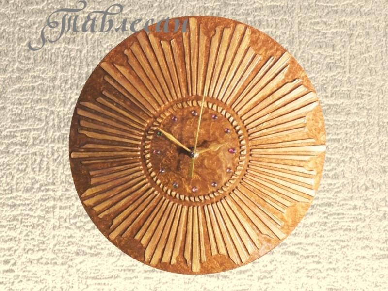 Часы настенные Золотое солнце круглые в гостиную, спальню