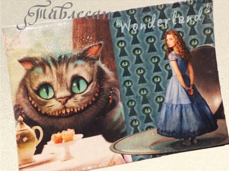 Обложка для паспорта  Алиса и Чеширский кот кожа