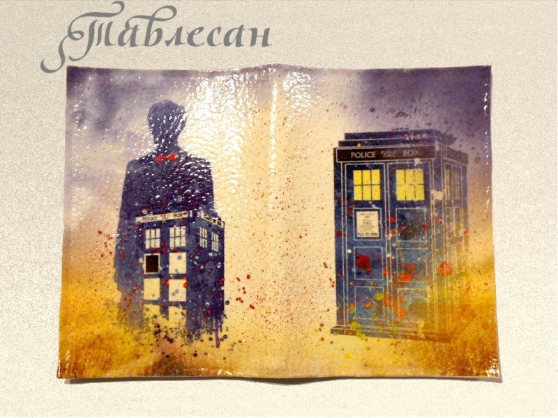 Обложка для паспорта Доктор Кто. Тардис кожа