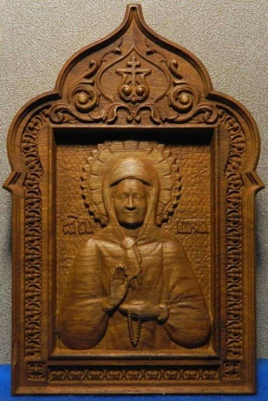 Деревянная резная Икона святая Матрона