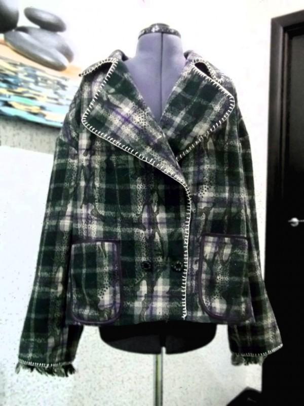 Укороченное пальто демисезонное