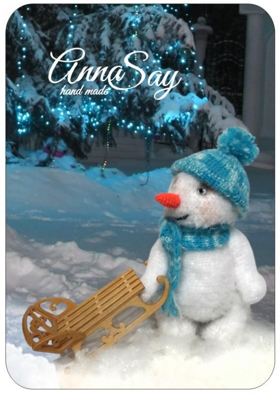 Сказочный снеговичок