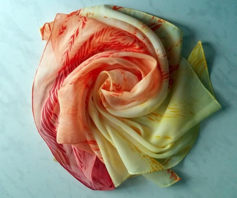 Платок Ванильно-ягодный мусс