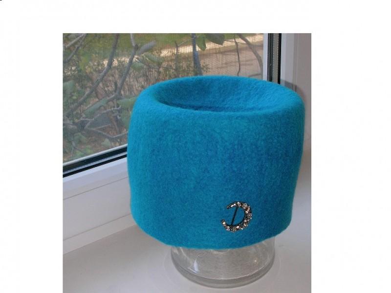 шапочка, выполнена методом валяние /продана/