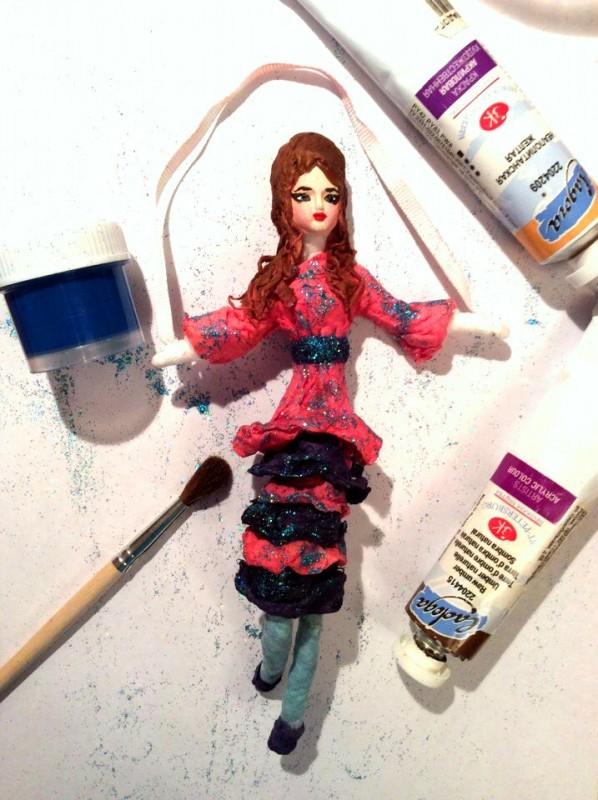 Кукла девочка со скакалкой
