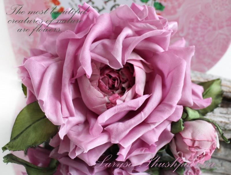 Брошь-заколка шелковая роза «Шедевр». Цветы из ткани