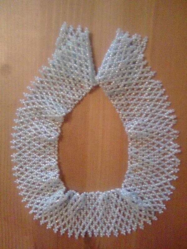 Ожерелье из бисера Голубая сетка