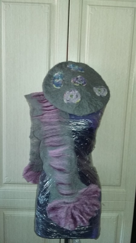 Берет и шарф комплект