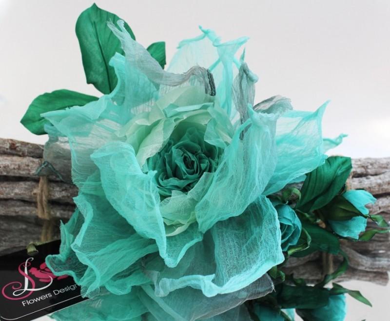 Брошь – заколка «Бегущая по волнам». Цветы из ткани