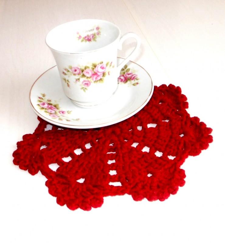 Мини салфетка, подставка под горячее Красный цветок