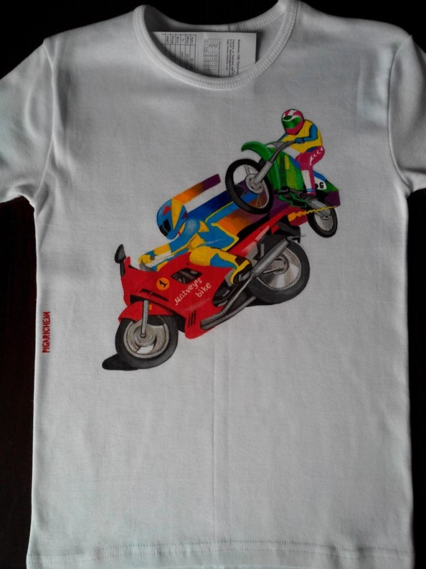 Детская футболка с ручной росписью