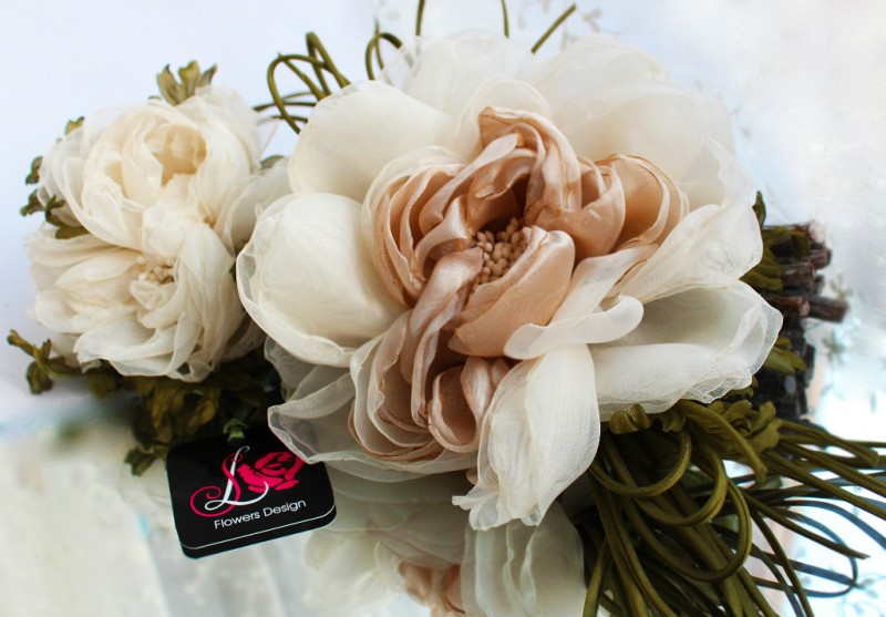 Пион из вуали «Воздушный». Цветы из ткани
