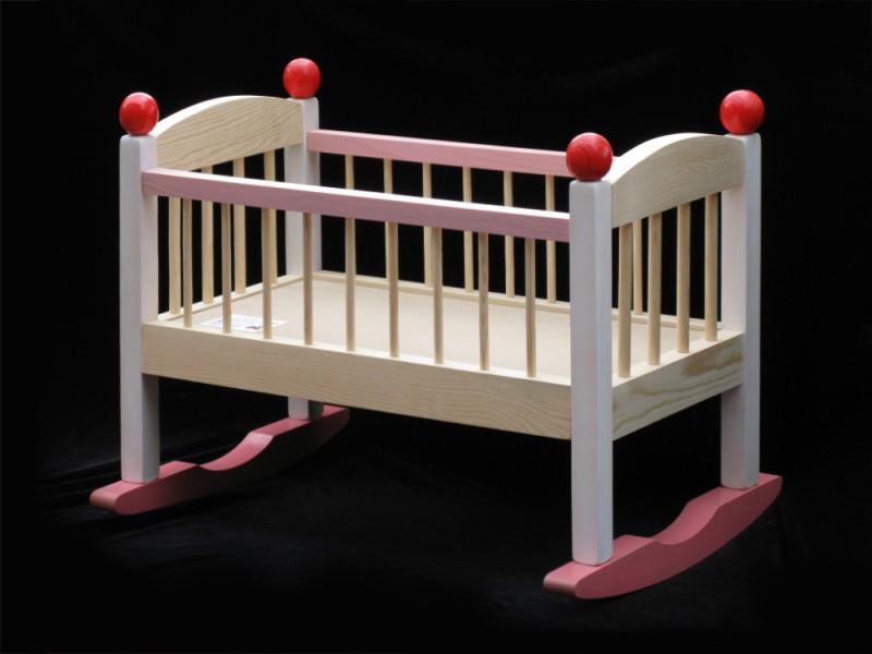 Кроватка для куклы деревянная