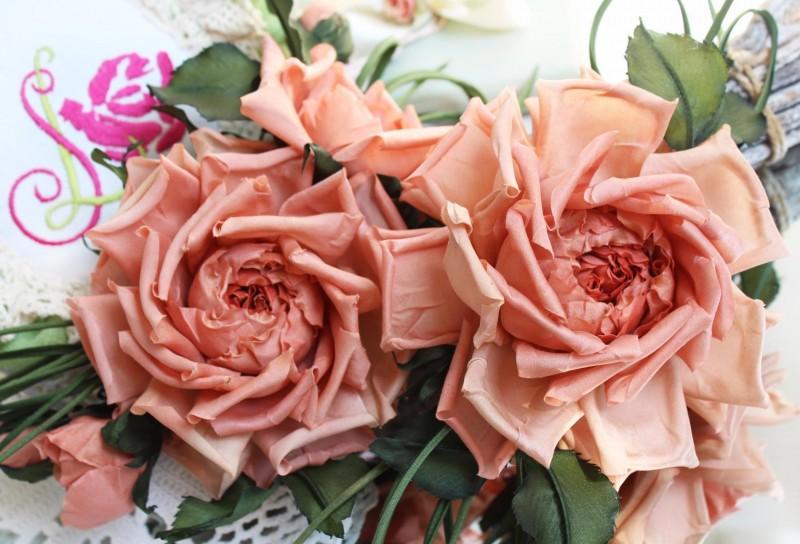 Комплект украшений «Летний». Цветы из ткани