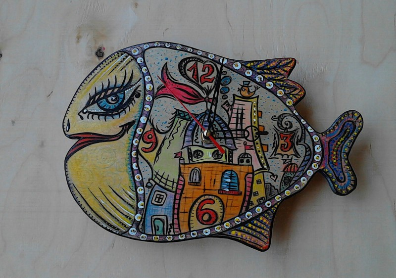 Авторские Настенные Часы Рыба-Город
