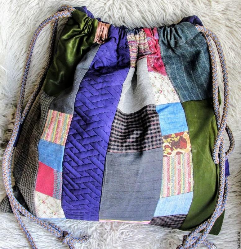Рюкзак из лоскутков в стиле пэчворк