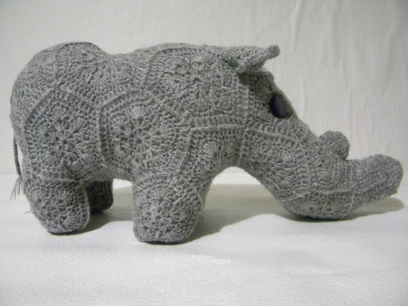 Носорог Малыш