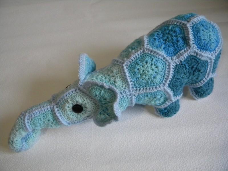 Слон Кузя