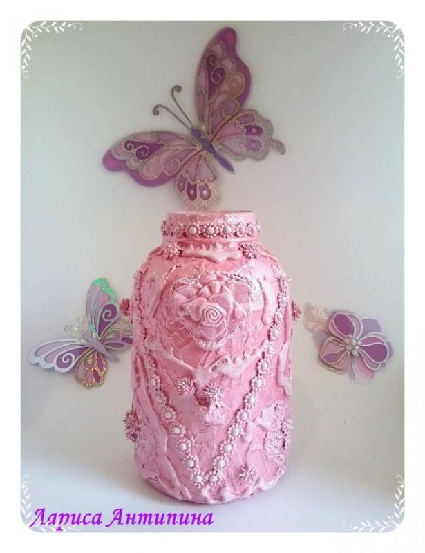 Розовая ваза для интерьера