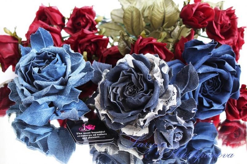 Цветы из ткани розы Джинсовый переполох